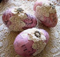 Decoupage eggs  i see so many possibilities here