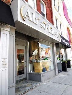 AM Dolce Vita, Absolutely Rosedale Toronto