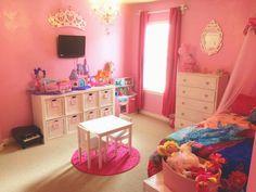 Austin Liz Stays Home: Bella and Vivienne's Princess Room