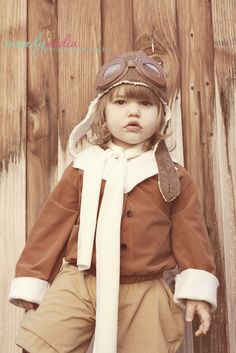 Amelia Dunkle as Amelia Earhart - Halloween 2014 - ©MandyMediaPhotography