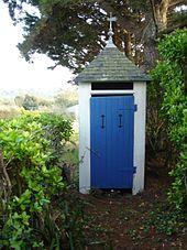 Outhouse - Wikipedia