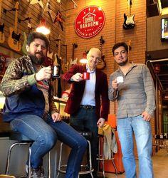 Focamos no bom relacionamento e interação com os amigos e clientes! O #cafedas18 de hoje é um bom exemplo disso!  #clubegaragem #façaparte