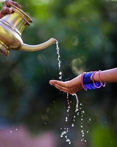 Indian Beauty, Amazing Photography, Hiking Boots, Bangles, Romantic, Photoshoot, Fashion, Bracelets, Moda