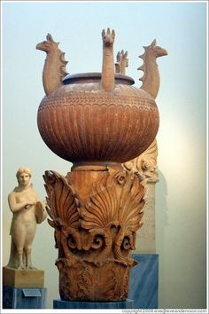hadrian6:    funerary lebes kalpe. 350.BC  national museum of Athens. Greece   http://hadrian6.tumblr.com