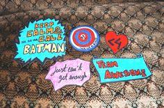 ❤ Make your own Magnets! DIY Queres fazer uma prenda original? Experimenta estes ímans e surpreende a pessoa em questão com a tua criatividade! São super fáceis de fazer! Vê como fazer aqui - http://ctbeat.blogspot.pt/2014/02/hi-sweethearts-trago-vos-um-novo-diy.html !