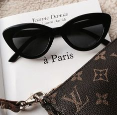 parisian style Jacey, Damsel in Dior, , . Cat Eye Sunglasses, Sunglasses Women, Celebrity Sunglasses, Black Sunglasses, How To Have Style, Mode Poster, Lunette Style, Cute Glasses, Glasses Sun
