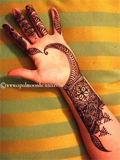 Moroccan Fusion Henna by Tamara Brown of Opal Moon Henna, North Hollywood, CA, USA