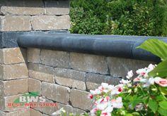 #Outdoor #Garden #Wall: Best Way Stone > Wall: Antico Stacker (Sahara Blend) / Coping: Barollo (Ultra Black)