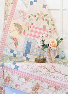 Romantic & Timeless Quilt Design by Verna Mosquera | The Vintage Spool