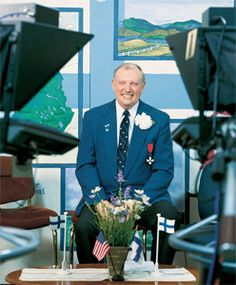 Profile of Carl Pellonpaa, host of Finland Calling, the longest running variety show on television based in the tiny Upper Peninsula town, Negaunee.