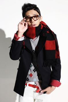 Yoo Ah In: Hazzys 2010 Winter Collection (New photo)