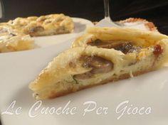 La torta salata speck funghi e brie è la regina delle torte salate. Da sempre amiamo il connubio speck e brie, ci facciamo anche la pizza!! Ilaria e Chiara!