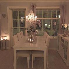 Have a good night dear beautiful followersYou are the best Sleep well #interior #vakrehjemoginteriør #kava_interior #shabbyyhomes #passion4interior #shabby_chichomes #the_real_houses_of_instagram #interior4u #interior4inspo #dreamhome #dreamhomes #dreamhome555 #lifestyleguide #charminghomes #wonderfulrooms #roominterior #eleganceroom #elegancehomes #interiorandhome #interior123 #interior9508 #interior125 #classyinteriors #interior4you #interior4you1