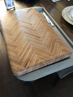 Reddit - woodworking - Herringbone Pattern Russian Baltic Birch Cutting Board Plywood Art, Plywood Projects, Plywood Table, Wood Shop Projects, Diy Furniture Projects, Plywood Furniture, Cool Furniture, Woodworking Projects, Wood Tools