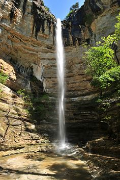 Hemmed in Hollow is a 5 mile trail in the Ponca Wilderness located near Compton, Arkansas. The Ozark Mountain Region.  The trail leads to a beautiful waterfall named Hemmed in Hollow Falls, listed …