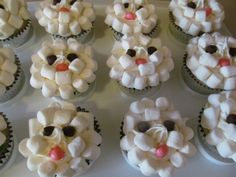 Marshmallow sheep cupcakes! Made by yours truly :) OMJ Cupcakes