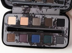 Urban Decay Smoked Eyeshadow Palette Review, Photos, Swatches