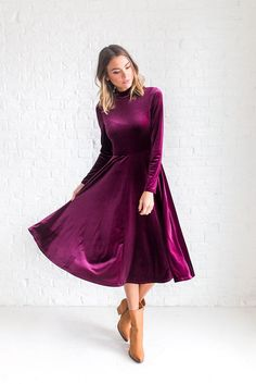 Elizabeth Velvet Dress in Wine