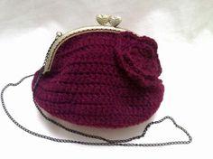 Bolso de crochet granate con flor