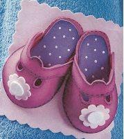 A por las 2000 visitas!!!   Nos encantan los zapatos, para vestir, para estar en casa, para que los pies estén calentitos, o siemplemente pa...