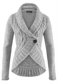 A go-to versatile staple piece in any fall/winter wardrobe; the chunky knit cardigan. Perfect for layering. Creating a relaxed, laid back easy-chic look...or just saying warm (^_^)
