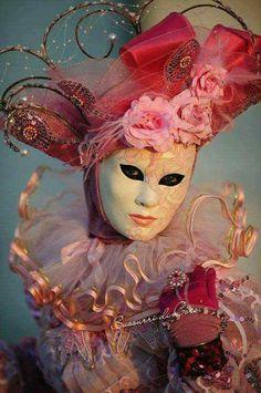 In the Pink - Venice Carnival Venice Carnival Costumes, Venetian Carnival Masks, Carnival Of Venice, Venetian Masquerade, Venetian Costumes, Venice Carnivale, Venice Mask, Masquerade Costumes, Masquerade Party