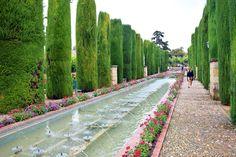 花の小道を歩く!古都コルドバのおすすめ観光モデルプラン | TABI JOZU How To Plan, Outdoor Decor, Cordoba