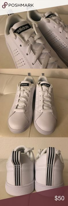6.5 NEO Women's Advantage WHITE Casual Sneaker BRAND NEW White Sneakers with minimalistic black details. Clean and never worn. Extremely comfortable, clean sleek sneakers. adidas Shoes Sneakers
