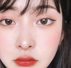 Explore beauty images uploaded by ㅤㅤㅤ on We Heart It Makeup Korean Style, Korean Natural Makeup, Korean Eye Makeup, Korea Makeup, Natural Makeup Looks, Korean Make Up Natural, Korean Makeup Ulzzang, Natural Beauty, Soft Makeup