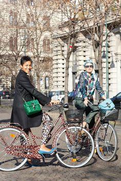 Streetstyle photographer Tamu McPherson, stylist Elisa Nalin- Dolce and Gabban bike