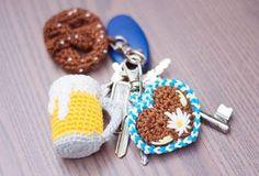 Oktoberfest - crochet for the & and knitting knit knitting crochet diy Crochet Food, Love Crochet, Diy Crochet, Crochet Baby, Crochet Tutorials, Crochet Keychain, Crochet Earrings, Knitting Yarn, Free Knitting