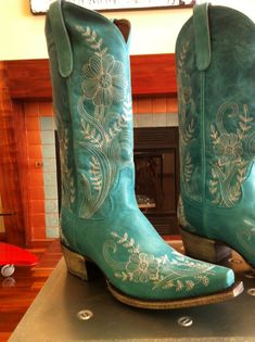 Turquoise Boots? Yes, please.