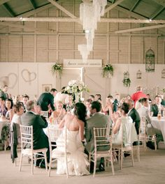 Vintage wedding used to be very popular and lost some of their energy, however they are starting to come back.