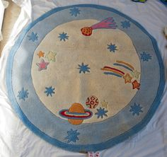 *The White Company* Children s Circular Rug, Space, Planets, Stars. Blue/Cream