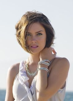 She really makes me want to chop my hair off!