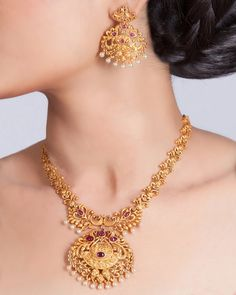 Tarinika Saroja Gold-Plated Indian Jewelry Set with Necklace and Earrings Gold Earrings Designs, Gold Jewellery Design, Silver Jewellery, Indian Gold Necklace Designs, Simple Necklace Designs, Gold Designs, Silver Earrings, Indian Jewelry Sets, Western Jewelry
