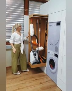 Laundry Room Design, Home Room Design, Home Interior Design, Small Kitchen Layouts, Small Kitchen Storage, Home Decor Hooks, Home Decor Kitchen, Kitchen Interior, Kitchen Ideas