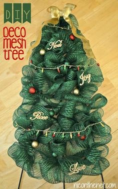 Use your favorite colors of deco mesh to create these DIY Christmas mesh wreaths! Learn how to make using these simple tutorials. Such great ideas! Tulle Christmas Trees, Hanger Christmas Tree, How To Make Christmas Tree, Christmas Mesh Wreaths, Christmas Tree Themes, Christmas Diy, Xmas Tree, Holiday Crafts, Winter Wreaths