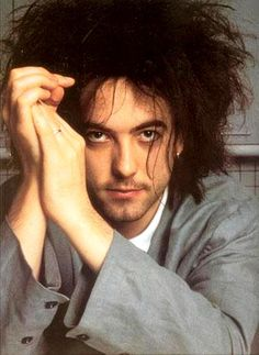 The Cure Robert smith jeune album photos annees 80 young pictures 80s (32).jpg (583×800)
