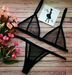 50 Ideas Swimwear Black Bikini Fashion Source by black Lingerie Babydoll, Jolie Lingerie, Lingerie Outfits, Pretty Lingerie, Luxury Lingerie, Beautiful Lingerie, Lingerie Sleepwear, Sexy Lingerie, Nightwear