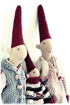 Christmas Tale, Swedish Christmas, Christmas Gnome, Christmas Deco, All Things Christmas, Christmas Crafts, Maileg Bunny, Old Dolls, Christmas Inspiration