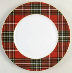 Tartan Plaid Red & Green Christmas Dinner Plates Set of 4 NEW 222 Fifth Wexford - Nancy's Daily Dish Christmas Dinner Plates, Christmas Table Settings, Christmas Tablescapes, Christmas Table Decorations, Plaid Christmas, Green Christmas, Holiday Tables, Christmas Dinnerware, Christmas Stuff