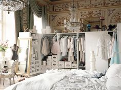 i want to sleep here. - TRINE'S WARDROBE