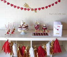 That Cute Little Cake: Cupid's Arrow Valentine's Day Party