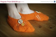 Fall sale slippers, women slippers, ladies slippers, house Shoes, Crochet Slippers, wool slippers, Winter Accessory #handmade #design