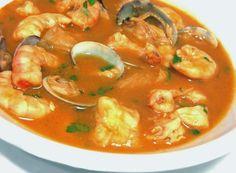 Sopa de marisco en olla JRD top 1 - Atıştırmalıklar - Las recetas más prácticas y fáciles Seafood Soup, Seafood Recipes, Mexican Food Recipes, Soup Recipes, Ethnic Recipes, Easy Cooking, Cooking Recipes, Healthy Recipes, Spanish Cuisine