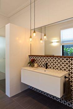 Home Decor Habitacion House Nerd.Home Decor Habitacion House Nerd Room Wall Tiles, Feature Tiles, Bathroom Feature Wall, Bathroom Wall, Cottage Renovation, Bathroom Renos, Bathroom Inspiration, Inspiration Wall, Cheap Home Decor