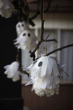 Idea for outdoor Halloween decor! #halloween #decor #diy