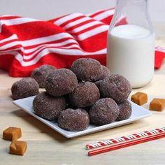 Μαλακά μπισκότα με γέμιση καραμέλας