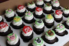 Image detail for -Emily's Delights: Farm Animal Cupcakes & Smash Cake Barnyard Cupcakes, Farm Animal Cupcakes, Barnyard Party, Farm Party, Themed Cupcakes, Birthday Cupcakes, Fondant Cupcake Toppers, Cupcake Smash Cakes, Cupcake Cookies